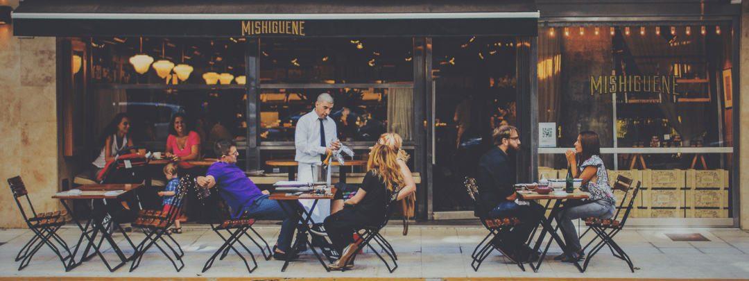 Come avere la coda di clienti fuori dalla porta: 7 principi pratici